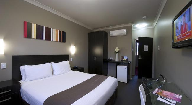 Best Western Blackbutt Inn - ニューカッスル - 寝室