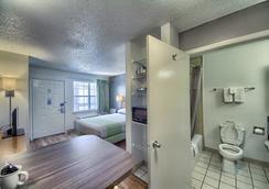 Studio 6 San Antonio - Medical Center - サンアントニオ - 浴室