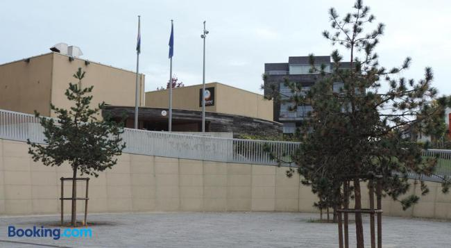 ホステル ブラウプット ルーベン - ルーベン - 建物