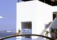 Best Western PLUS Luna del Mar - マンサニロ - 建物