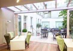 ホテル ミストラル - パリ - 寝室