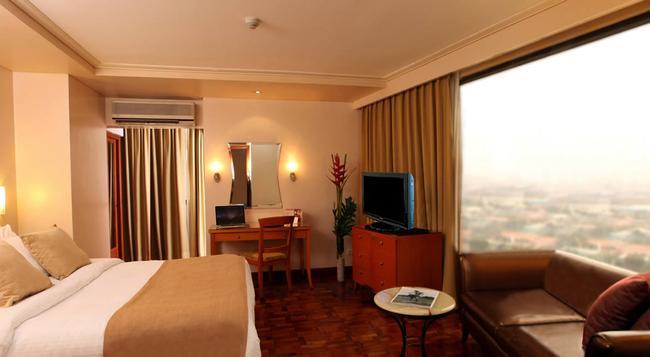 City Garden Hotel Makati - Makati - 寝室