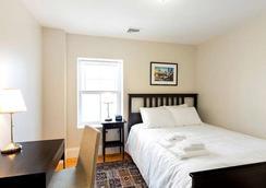 ウェスト ブロードウェイ クオーターズ バイ ショート ターム レンタルズ ボストン - ボストン - 寝室
