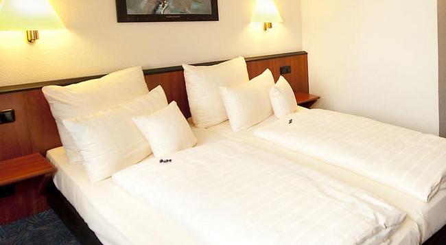 Advantage Hotel - ニュルンベルク - 寝室