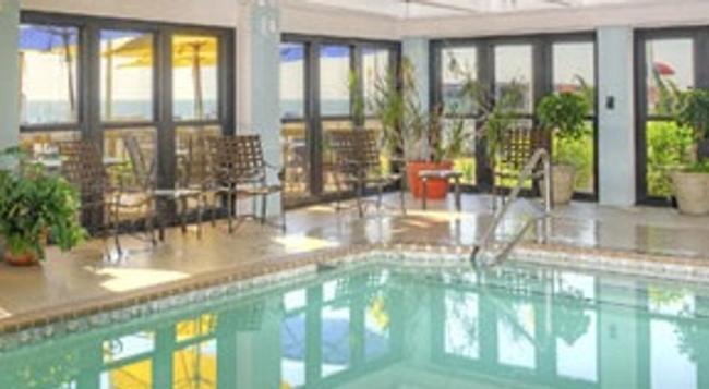 Capes Hotel - バージニア・ビーチ - プール