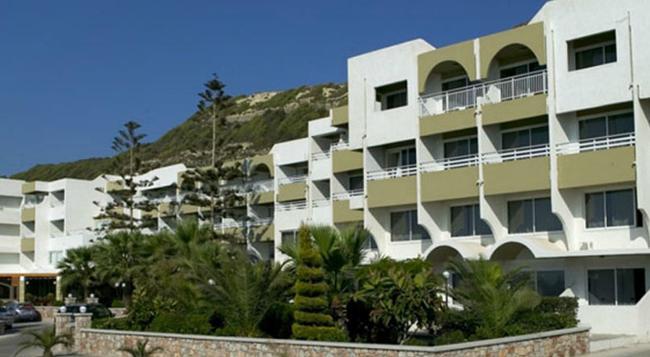 Sirene Beach Hotel - ロードスタウン - 建物