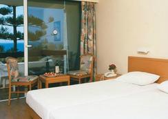 Sirene Beach Hotel - ロードスタウン - 寝室