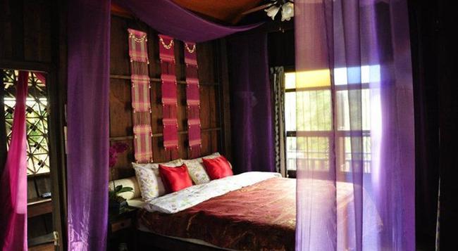 Chiang Mai Summer Resort - チェンマイ - 寝室