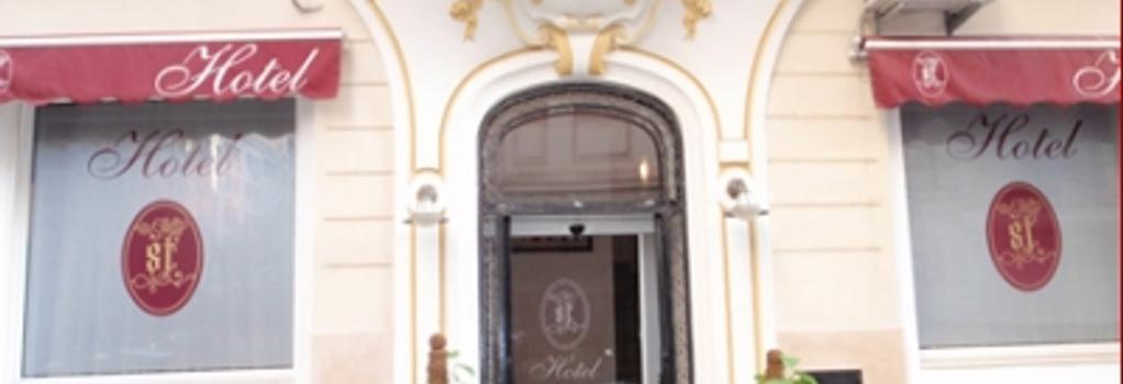St Hotel - アルジェ - 建物