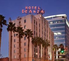 ホテル デアンザ