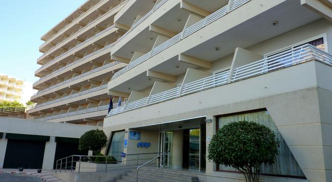 Hotel Barracuda - Adults Only - Magaluf - 建物