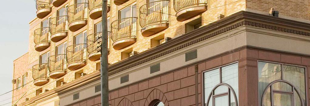 Avenue Plaza Hotel - ブルックリン - 建物