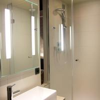 ベスト ウェスタン ル モンマルトル サン ピエール Bathroom