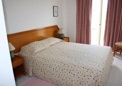 Apartamentos Turisticos Presidente - ポルティマン - 寝室