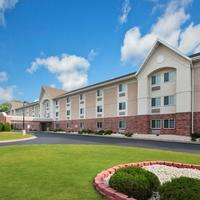 Days Inn and Suites Green Bay WI. Welcome to the Days Inn and Suites Green Bay