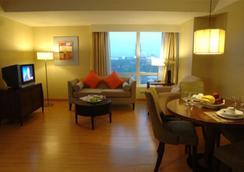 ランカスター ホテル - Mandaluyong - 寝室