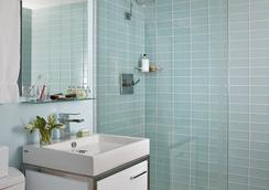 ハーバード スクエア ホテル - ケンブリッジ - 浴室