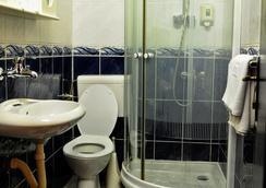 ホテル エヴロパ - ポドゴリツァ - 浴室