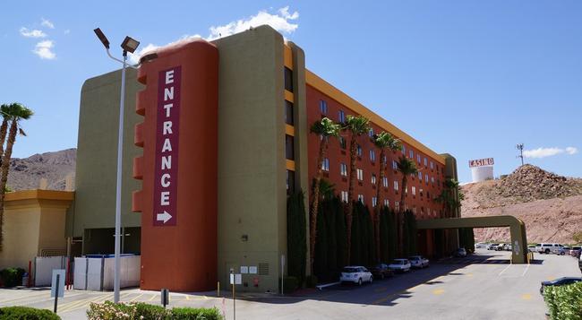 Railroad Pass Hotel & Casino - ヘンダーソン - 建物