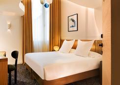 ホテル マリニャン シャンゼリゼ - パリ - 寝室