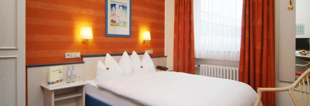 Hotel Ludwig Superior - ケルン - 寝室