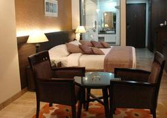 Azzaro Resorts & Spa - Diu - 寝室