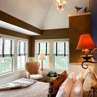 White Porch Inn Guestroom