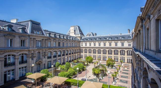 クラウン プラザ パリ レピュブリック - パリ - 建物