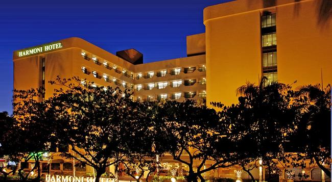 ハルモニ ホテル - Batam - 建物