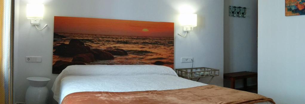 オスタル エンリケタ - マルベーリャ - 寝室