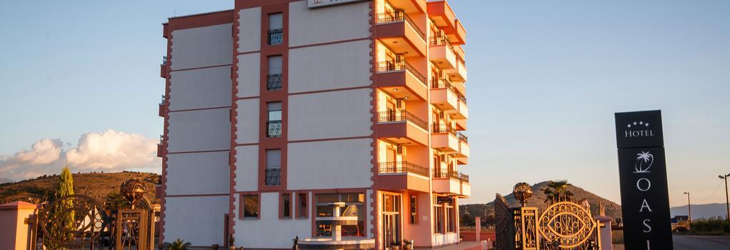 Hotel Oasis - ポドゴリツァ - 建物
