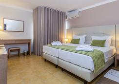 Santa Eulalia Hotel & Spa - アルブフェイラ - 寝室