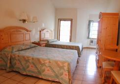 Orange Hill Beach Inn - ナッソー - 寝室