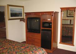 Walls Motel Long Beach - ロングビーチ - 寝室
