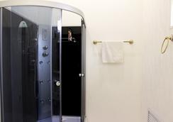 Art-khostel Sherlock homes - クラスノダール - 浴室