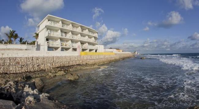 ホテル ロカマール - イスラ・ムヘーレス - 建物