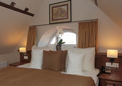 Romantik Hotel Scheelehof - Stralsund - 寝室