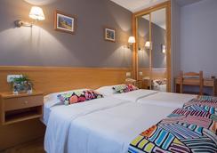 ホテル コスタ ヴェルデ - Gijon - 寝室