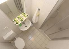 ホテル ポツダマー ホフ ベルリン アム ポツダマープラッツ - ベルリン - 浴室
