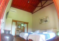 クタバル ホテル - Kuta (Lombok) - 寝室