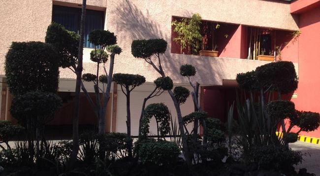 Hotel Tacubaya & Autosuites - メキシコシティ - 建物