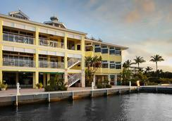 Key Largo Bay Marriott Beach Resort - キーラーゴ - 建物