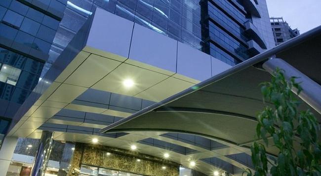 ファースト セントラル ホテル アパートメンツ - ドバイ - 建物