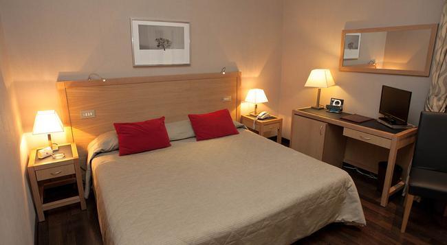 ホテル ガーバー - ローマ - 寝室