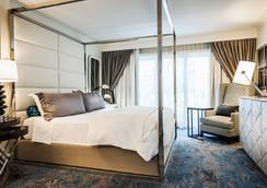 ホテル アマラノ バーバンク(旧名 ザ・クラシエラ ホテル) - バーバンク - 寝室