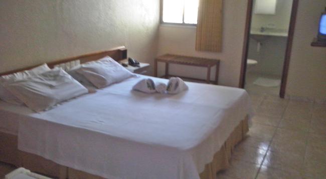 Hotel Malibu - フォルタレザ - 寝室