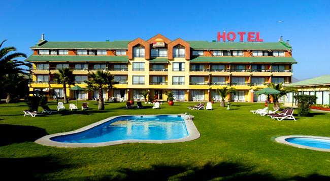 Hotel y Cabañas Mar de Ensueño - ラ・セレナ - 建物