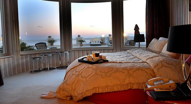 Premier Romance Boutique Hotel & Spa - Adults Only - フルガダ - 寝室