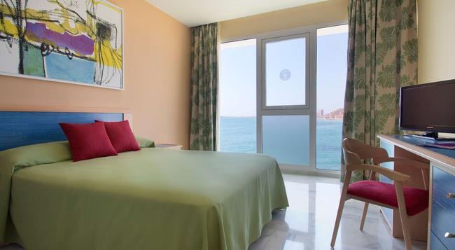 Hotel Servigroup Galúa - La Manga del Mar Menor - 寝室