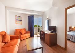 Hotel Servigroup Romana - アルコセブレ - 寝室
